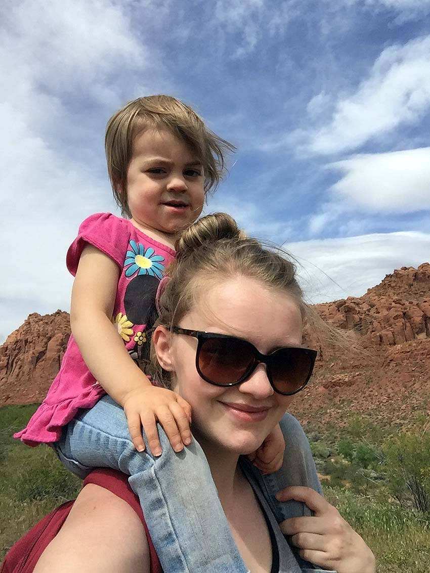 hiking snow canyon with kids